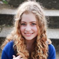 Hannah Sherwind Headshot